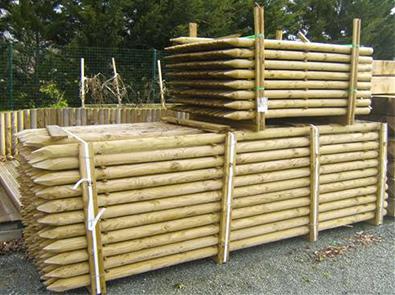 Piquet frais s classe 4 espace bois 42 for Piquet decoratif jardin